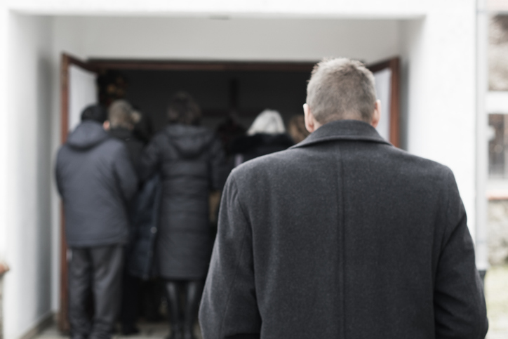 Choosing the day of a loved one's funeral is often more to do with the convenience of mourners than convention. (Getty Images)