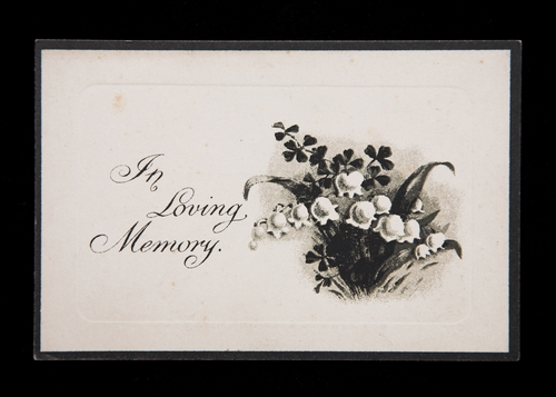 Memorial cards act as a physical memento of the funeral service for all who attended. (Shutterstock)