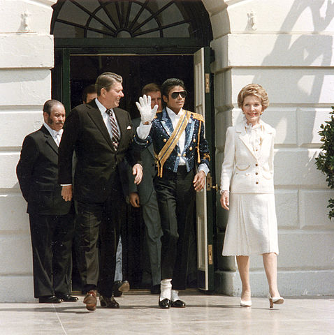 President Ronald Reagan, first lady Nancy Reagan and pop singer Michael Jackson at the White House ceremony to launch the campaign against drunk driving. (White House Photo Office/Wikimedia Commons)