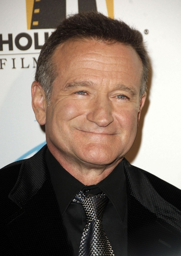 Robin Williams at Hollywood Film Festival 10th Annual Hollywood Awards, The Beverly Hilton Hotel, Beverly Hills, CA, October 23, 2006. (Shutterstock)