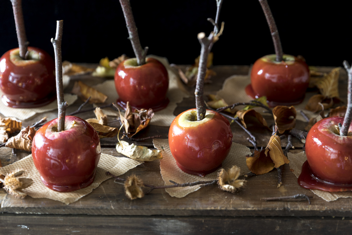Special food, beverages and decorations can help set the tone of a themed funeral. (Getty Images)